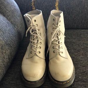 Dr. Martin ivory 8 hole boots. Gently worn